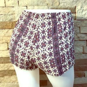 NWOT Brandy Melville Patterned Shorts